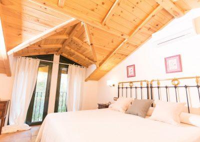 Calerilla Hotel - Cazorla - Habitación Doble  Superior Abuhardillada